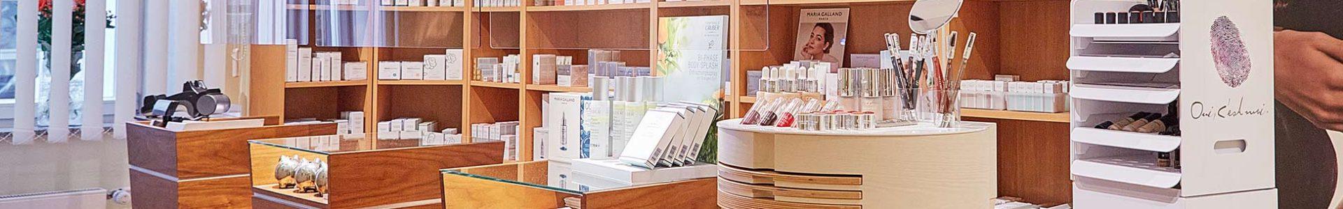 20210115-Kosmetisches-Institut344-Empfang-Header-Produkte.jpg